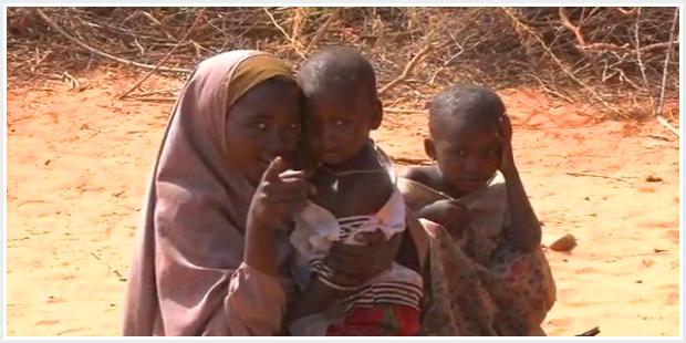 Campo di distribuzione generi alimentari ai confini con Kenia ed Etiopia