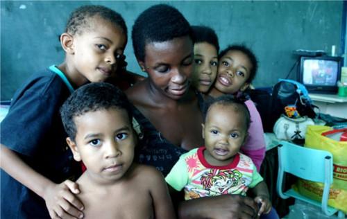 Adozione a distanza bambini del Brasile