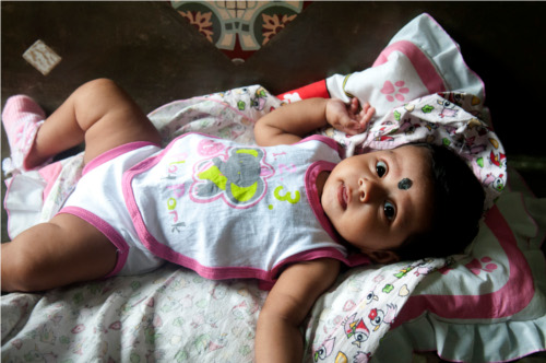 Bambina dello Sri Lanka