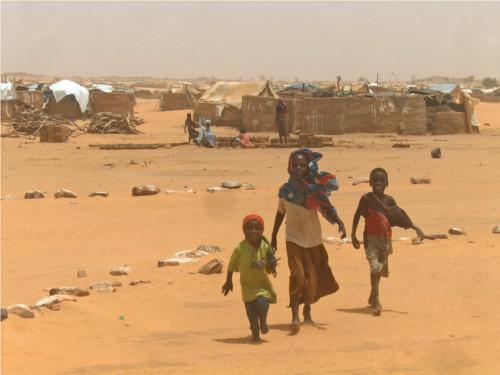 Bambini del Congo, guerra e soldati