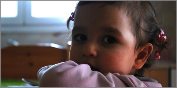 vacanze in Grecia: bambini in crisi