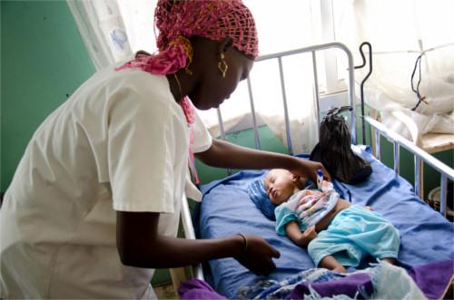 mortalita infantile nei paesi poveri