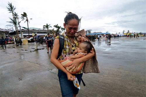 donazione per le Filippine facebook e itunes