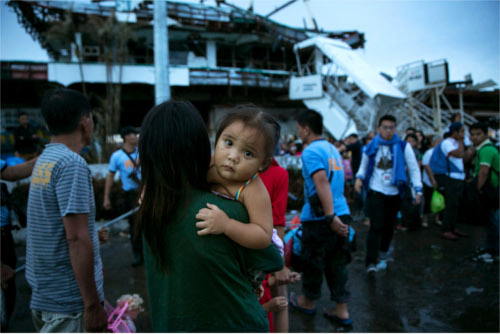 testimonianze dalle Filippine dopo tifone Haiyan