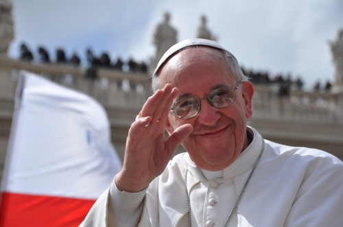 Papa Francesco (da lavocesociale.it)