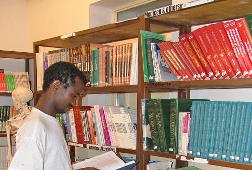 vilaggio sos mekelle - biblioteca