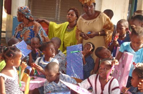 natale e beneficenza per bambini